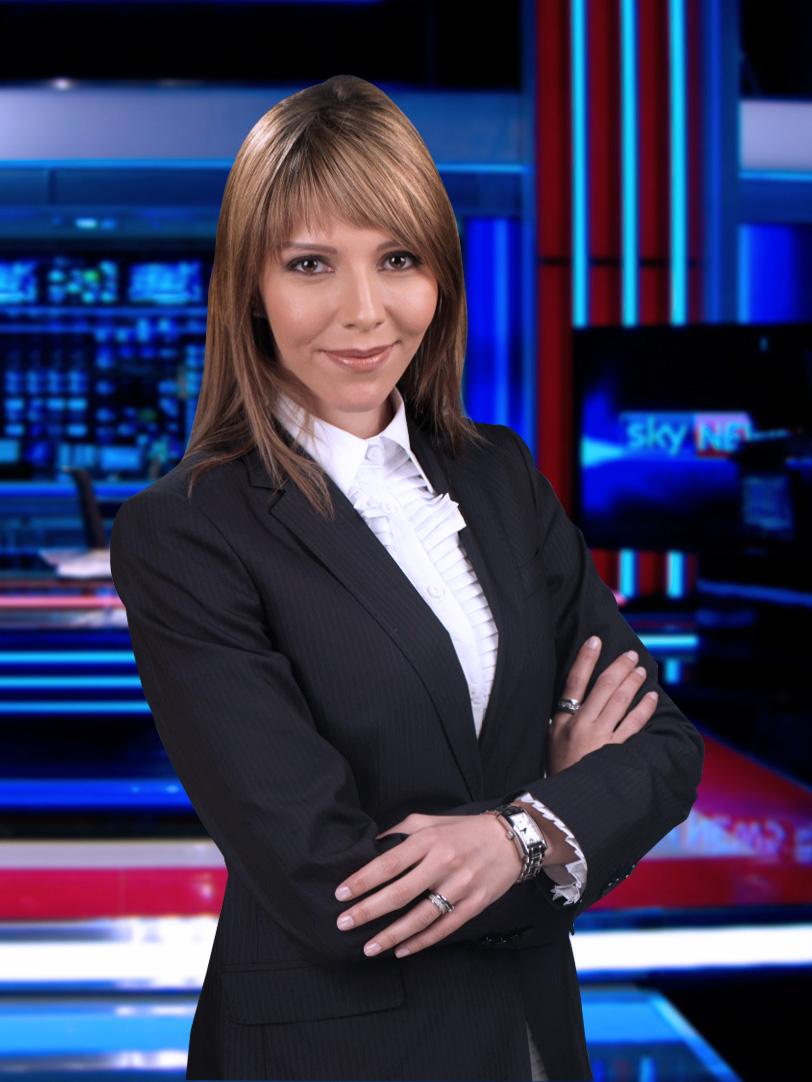 """سودانيون كالنجوم """"داليا عبدالله سودانية تعمل في قناة اسكاي نيوز"""""""