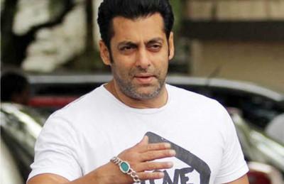 السجن خمس سنوات للممثل الهندي سلمان خان بتهمة القتل