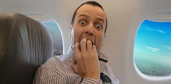 7 حيل للتغلب على المخاوف أثناء السفر بالطائرة