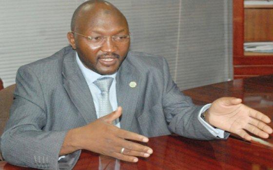 وزير الدولة بالصناعة يدعو لعمل قيمة مضافة للمنتجات المحلية