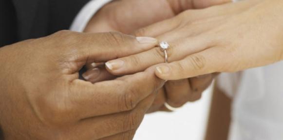 الزواج من أعراق مختلفة يزيد الطول ويحسن المهارات