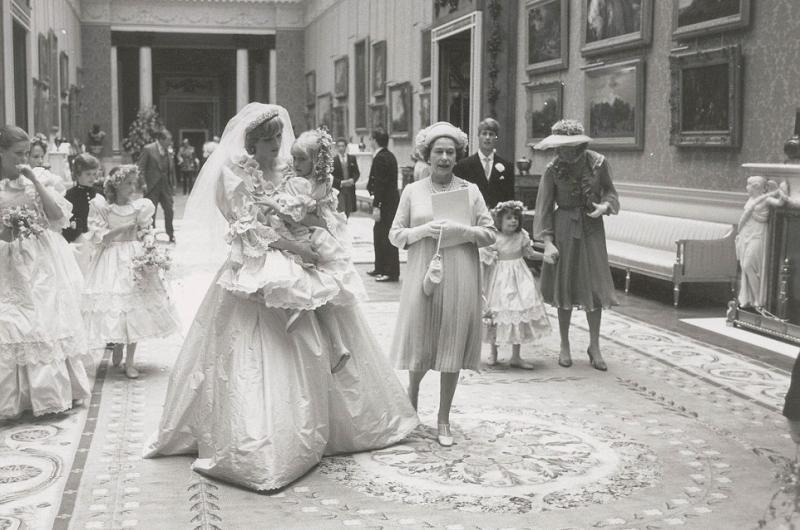 صور رائعة و نادرة من حفل زفاف الأميرة ديانا