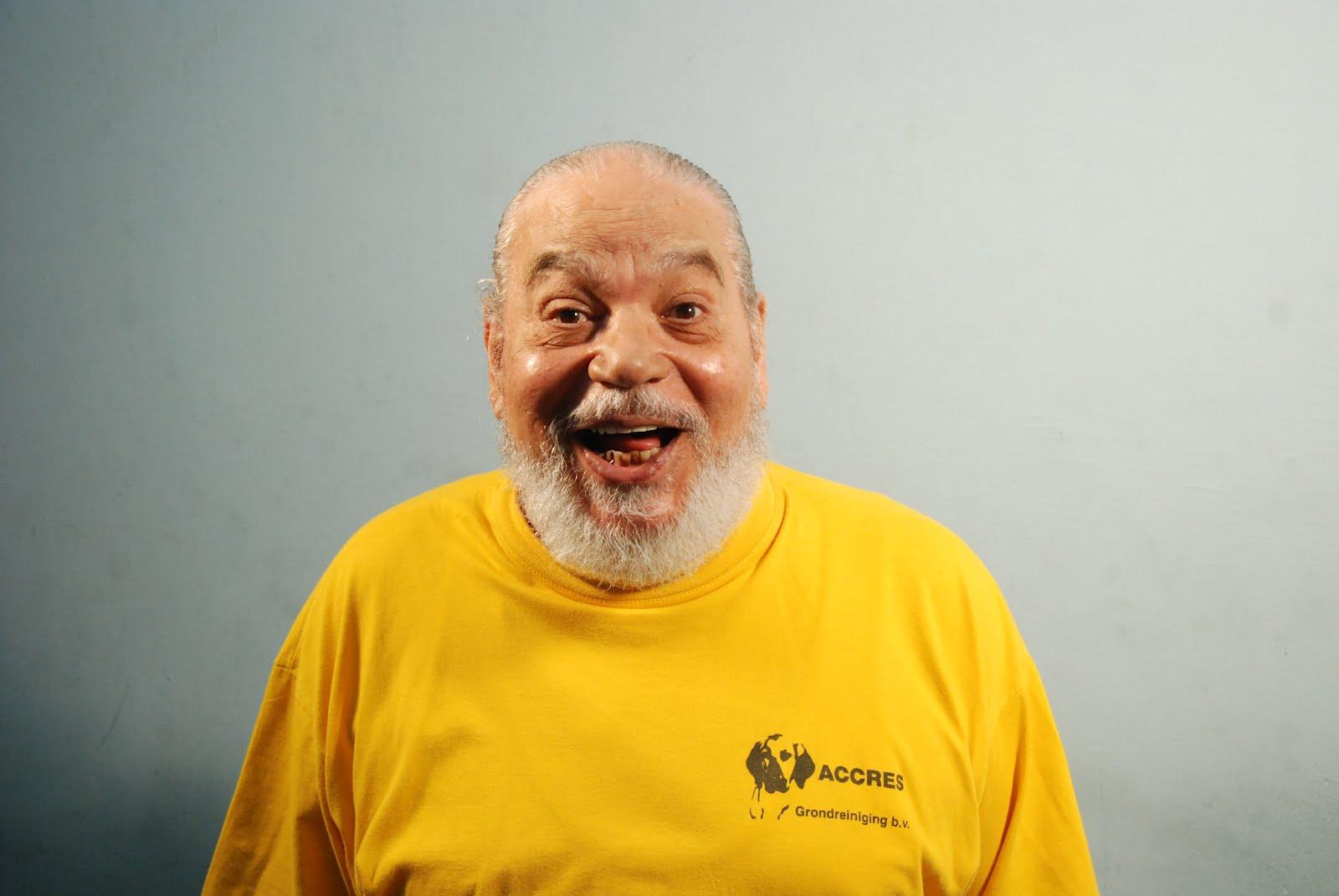 وفاة الفنان المصري علي حسنين