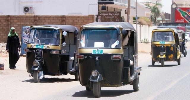 حظر ورش صيانة السيارات والركشات بشوارع الخرطوم