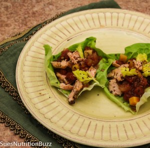 Roasted salmon lettuce wraps