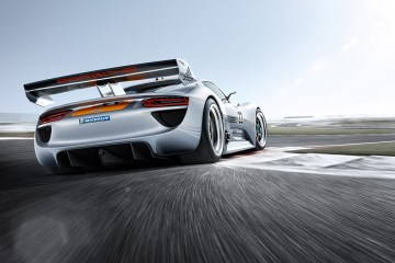 2011_Porsche_918RSRRacingLab5