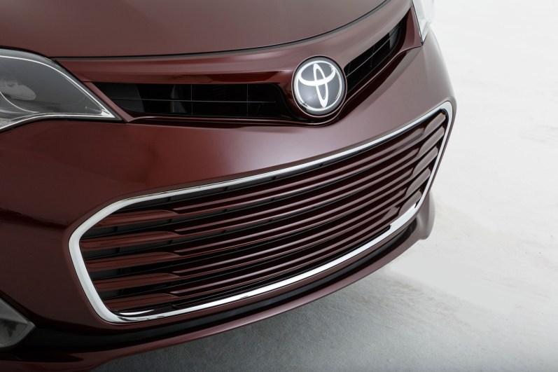 2013 Toyota Avalon TRD Edition