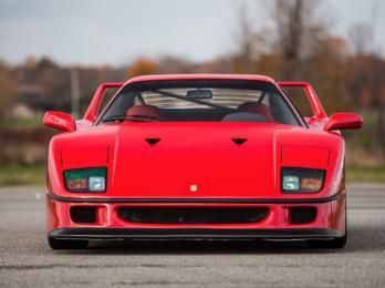 1990-Ferrari-F40-4
