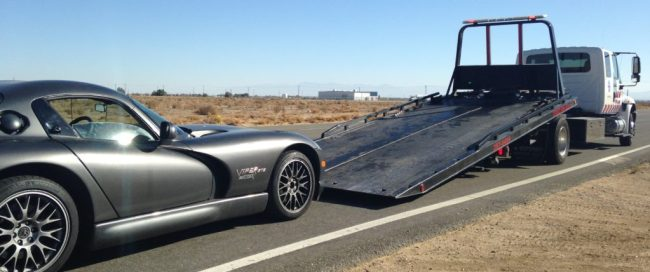 Dodge Viper getting towed