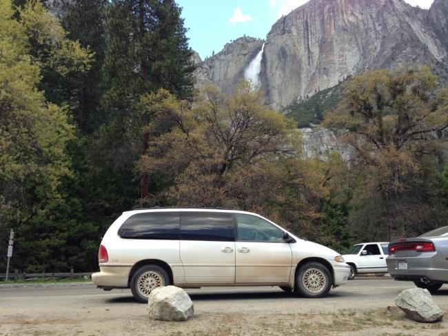 Minivan Yosemite