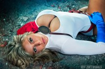 alyssa-loughran-as-powergirl-15