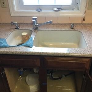 home, kitchen countertop, corian countertops,corian, stainless steel, sink replacement, sink upgrade, home remodel, kitchen, glacier white, stainless steel, corian replacement, sink, sink stain, outdated sink, old sink