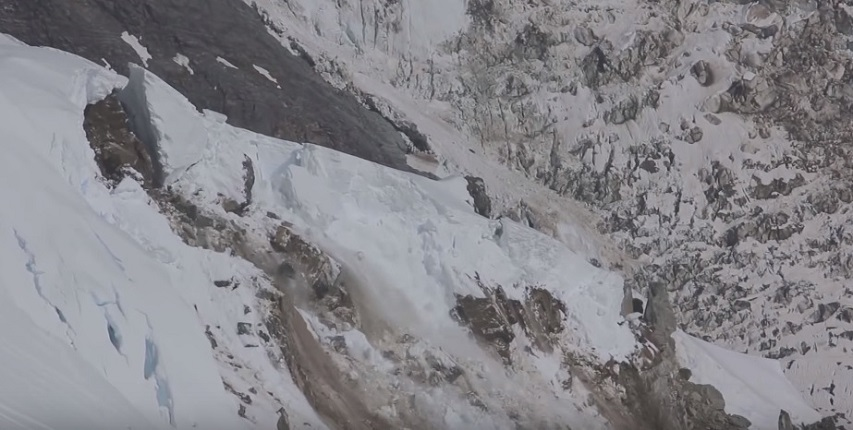Video: Skier / Mountaineer Records Glacier Collapses In New Zealand