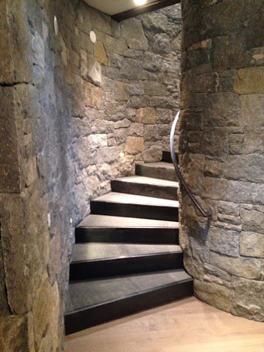 spiral stair at 65 Penn Lode