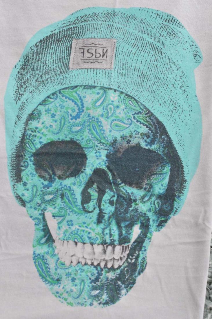 Skulls 20