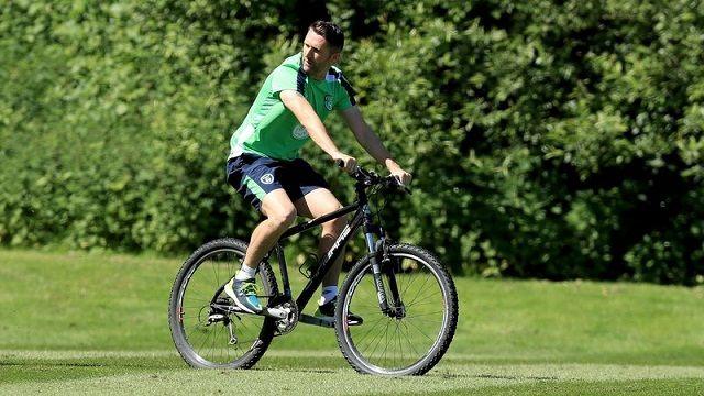 Robbie Keane sa biciklom