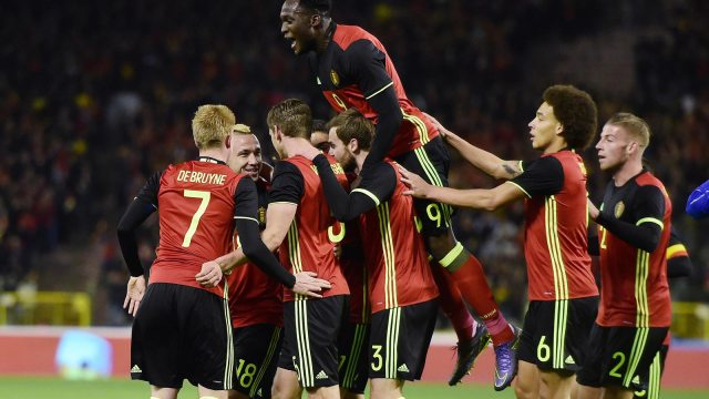 adidas-euro-2016-home-kits-on-pitch-debuts-14