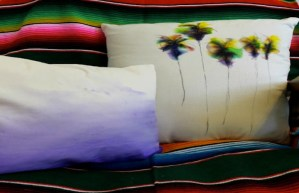 Today on the Boards: DIY Tie-Dye Pillows