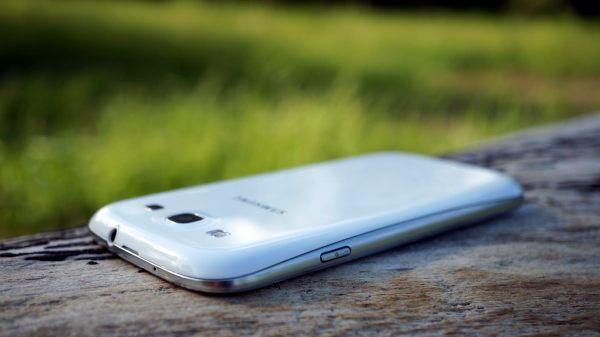 Samsung Galaxy S3 back