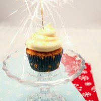 New Years Eve Themed Cupcakes & Giveaway