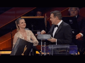 Screencap from the 2016 Canadian Screen Awards