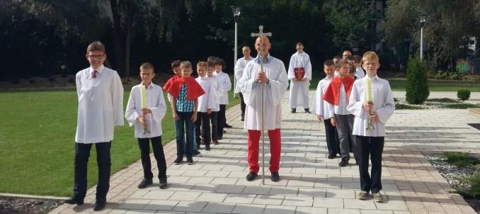 sluzba-liturgiczna-procesja