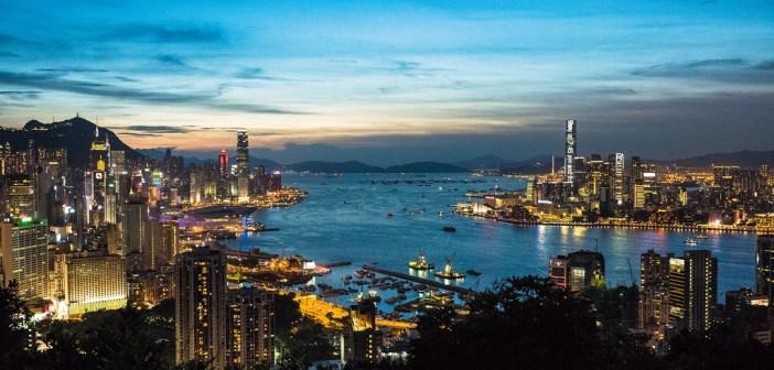 14392865059_eeda17c01e_b_Hong-Kong-Victoria-Harbour