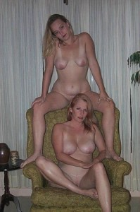 moms and daughters naked