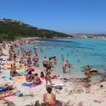 Helt greit full strand på Budelli