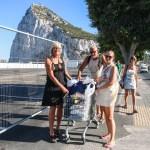 Walk of shame over grensen fra Gibraltar til Spania! #Harryhandel