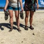 Føtter marinert i illeluktende saltvannsgjørme
