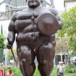 Skulpturene til kunstneren Fernando Botero står spredt rundt i hele Medellin