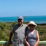 Neil og Peggy fra S/Y Night Sky var vel så ivrige som oss på scooteren. #viover60
