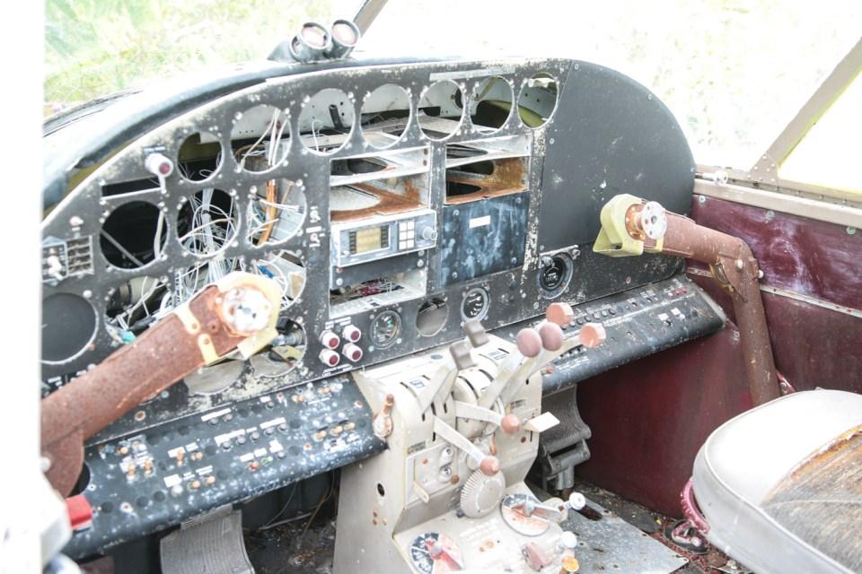 Cockpit i smugler-flyet.