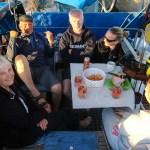 Lystig lag med Helge og Maggen med familie om bord i Snorre IV i Portør