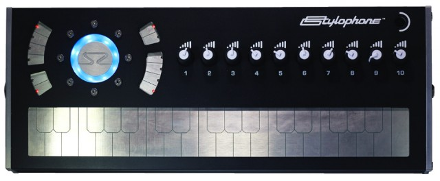 stylophone-s2-british-synth