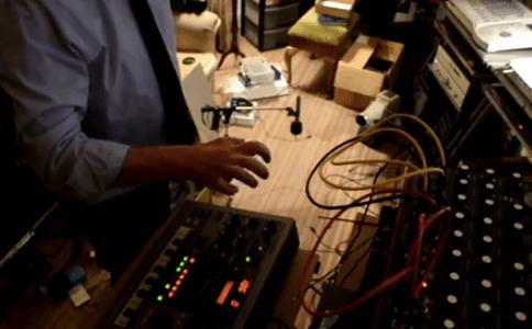 macbeth-bomber-synthesizer