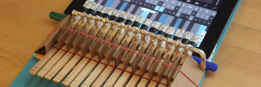 diy-ipad-clothespin-piano