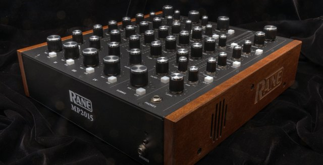 rane-mp2015_black_low_900x460