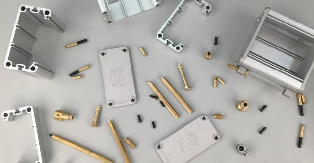 Kahnco-modular-case-custom-euro-pars