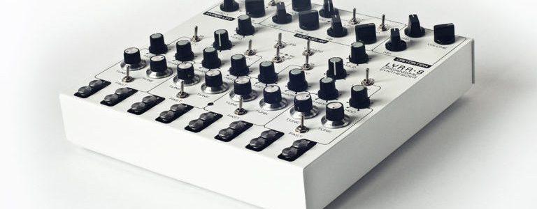 lyra-8-synthesizer