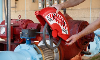 9469-collapsible gate valve lockout 1