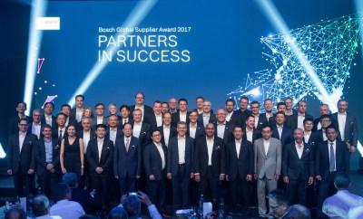 Balluff_Bosch-Global-Supplier-Award_Group_Picture_Fellbach_2