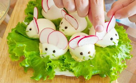 0404-bunny-eggs_vg[1]