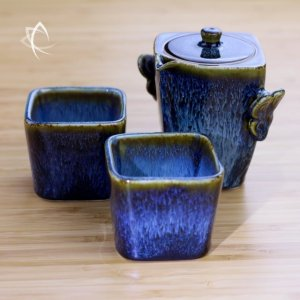 Blue Hare's Fur Square Houhin with cups