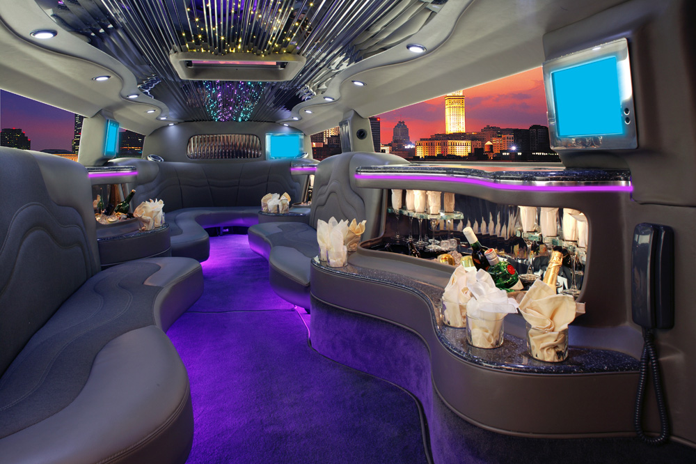 Limo Service Tampa FL - 10 Best Tampa Limos & Party Buses
