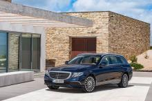 Mercedes-Benz E-Klasse T-Modell, E 350 d, 2016, Exterieur: Exclusive Line, cavansitblau ;Kraftstoffverbrauch kombiniert: 5,4 l/100 km, CO2-Emissionen kombiniert: 140 g/km  Mercedes-Benz E-Class Estate, E 350 d, 2016, exterior: Exclusive line, cavansite blue; Consumption combined: 5.4 l/100 km, CO2 emission combined: 140 g/km
