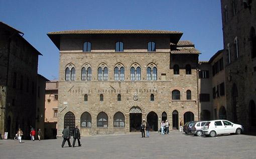 Volterra-Dei-Priori-Square_thumb
