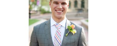 boutonnieres-for-grooms-Tara-Whittaker-Photography-01