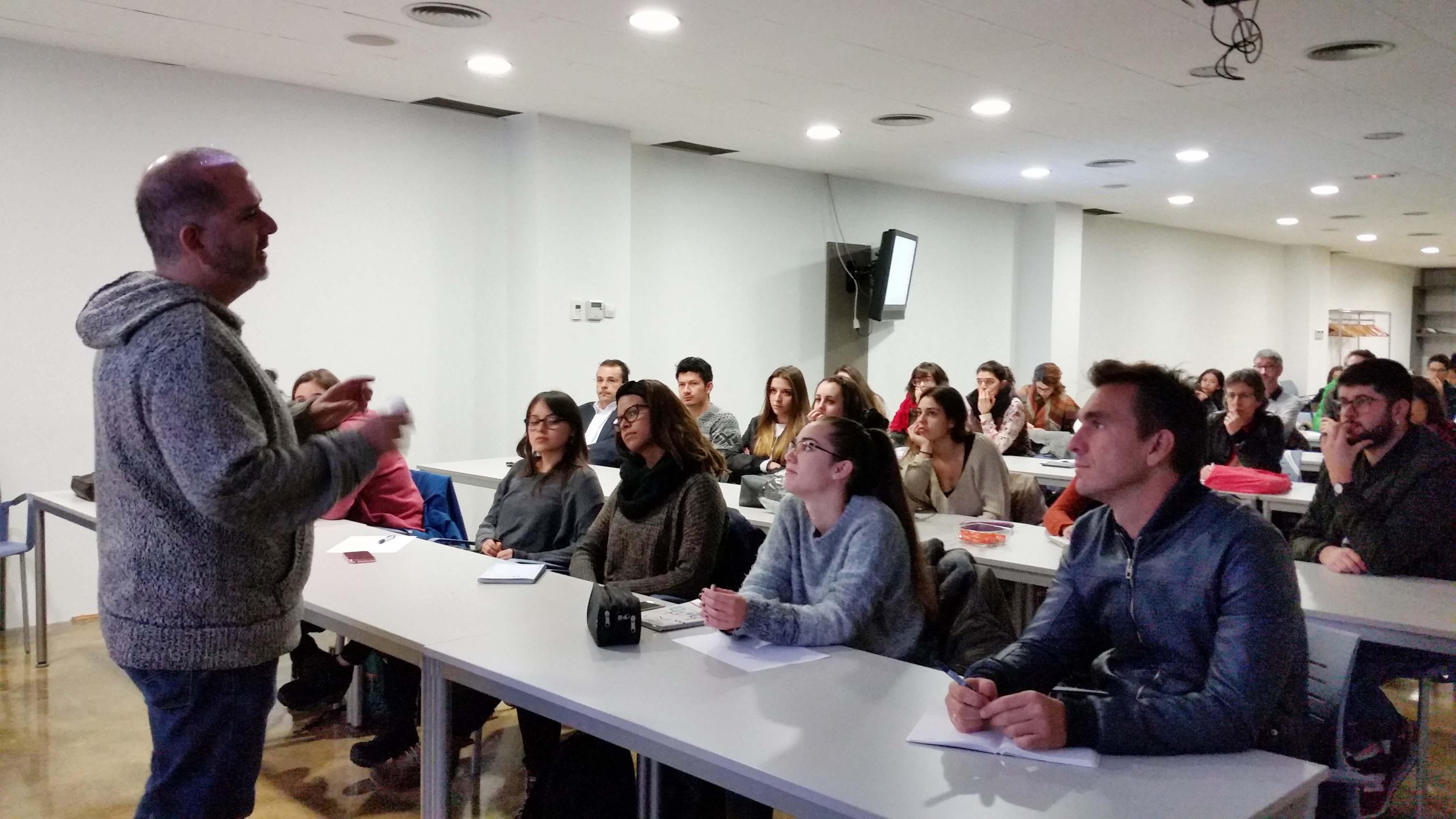 Kibuc Estudiants De Disseny De Ta Rrega Faran Propostes Per A Kibuc Una